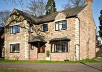 4 bedroom Detached house to rent in Knaphill