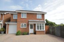 house to rent in KNAPHILL, WOKING, SURREY