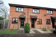 2 bed Terraced house to rent in Woking