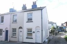 End of Terrace property to rent in High Street, Brading...