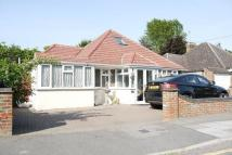 4 bedroom Detached Bungalow in Ickenham, Uxbridge, UB10