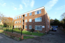 2 bedroom Apartment in The Dell, Harefield Road...