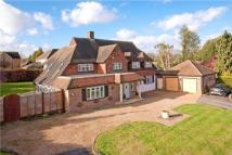 Detached home to rent in Ickenham, Uxbridge, UB10