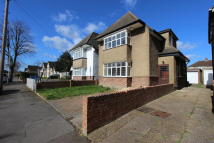 3 bed Detached house to rent in The Fairway...