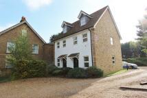 Studio flat in Bath Road, West Drayton...