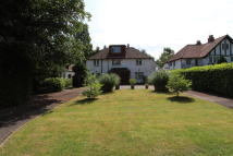 Detached home to rent in THE AVENUE, Ickenham...