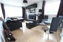 Flat to rent in Harefield Road, Uxbridge...