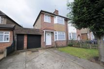 3 bed semi detached house in Hayes End Close, Hayes...