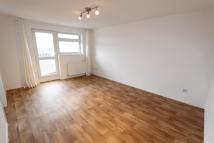 Apartment to rent in Aylsham Drive, Uxbridge...