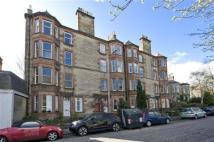 Flat in 27/6 Morningside Drive...