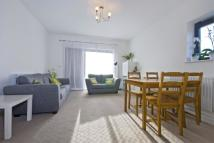 3 bedroom Apartment in Yukon Road SW12