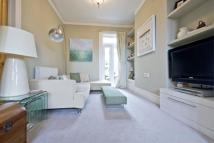 4 bed Apartment to rent in Balham New Road, London...