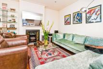 Apartment to rent in Ockley Road, London, SW16