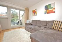 Apartment in Moffat road SW17