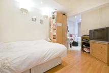 Apartment in St Georges Grove SW17