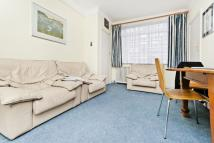 2 bedroom Apartment in Du Cane Court SW17