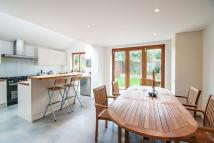 5 bedroom property to rent in Ramsden Road, London...