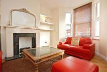 Flat to rent in Cambray Road, SW12