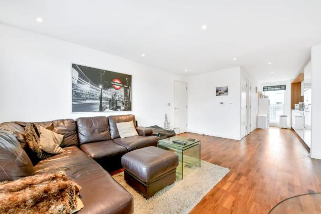 1 bedroom apartment for sale in balham grove sw12 sw12 picture 2 malvernweather Choice Image