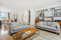 2 bed Flat in Ovington Square, London...