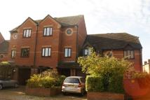 3 bed Town House to rent in Lock Close...