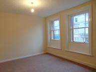 Flat to rent in Main Street, Cockermouth...