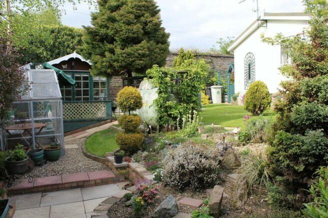 Rear garden gr...