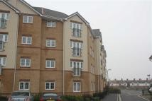 Flat to rent in Greenfields Gardens...
