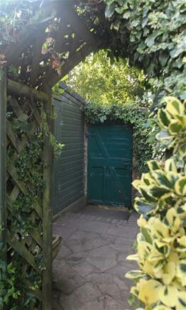 Additional Garden St