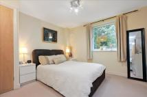 2 bed Flat in Surbiton Hill Road...