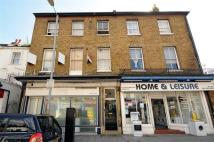 1 bed Flat to rent in Berrylands Road...