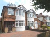 3 bed semi detached house to rent in Hamilton Avenue, SURBITON