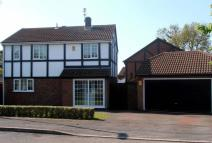 Detached property for sale in Broadleaf Close, Oakwood