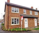 2 bed house to rent in Parkinson Way, Guiseley...