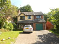 5 bed Detached house in Tudor Close, Crawley