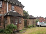 3 bed semi detached home to rent in Pearson Road, Crawley