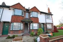 2 bedroom Flat in Windmill Road, Ealing...