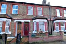 2 bed Terraced house for sale in Hessel Road, Ealing...