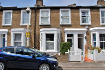 2 bed Terraced property in Northfield Road, Ealing...