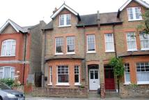 2 bed Flat to rent in Disraeli Road, Ealing...