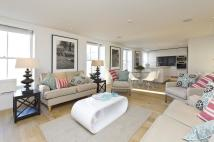 Flat for sale in St Stephens Gardens...