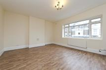 Maisonette to rent in North Pole Road...