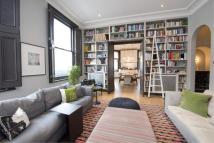 2 bedroom Flat in Westbourne Grove...