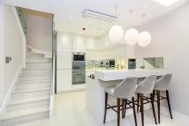 2 bed Flat to rent in Westbourne Gardens...