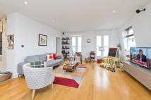 Flat to rent in Durham Terrace...