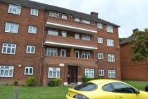 2 bed Flat in Rivenhall Gardens...