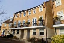 4 bed Town House in Greenland Gardens...