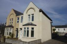 5 bed semi detached property to rent in 11 Maughan Terrace...