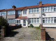 3 bedroom Terraced home to rent in Heather Way, Romford...