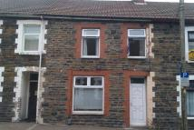 Terraced home to rent in Queen Street, Treforest...